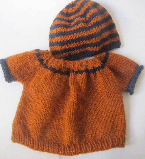 KSS Rust Colored Sweater and Hat Set (3-4 Years)