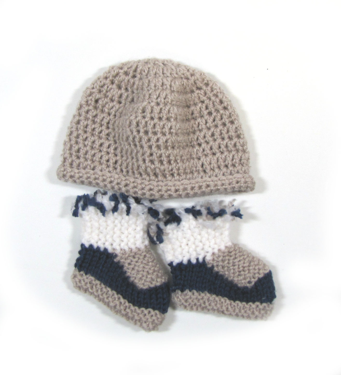 KSS Greyish Booties and Hat Set (3 Months) KSS-HA-696